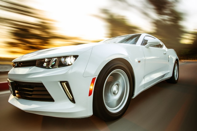 Czy warto kupić samochód hybrydowy